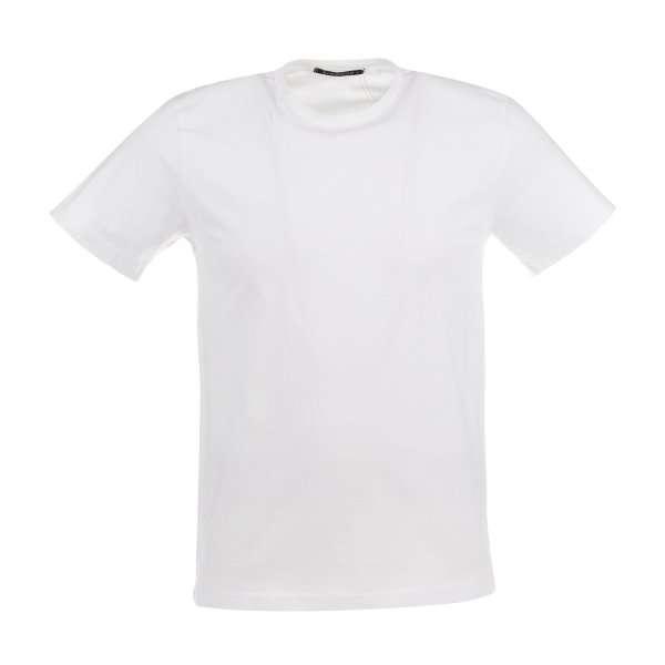 26 مدل بهترین تیشرت سفید مردانه که آقایان به آن نیاز دارند