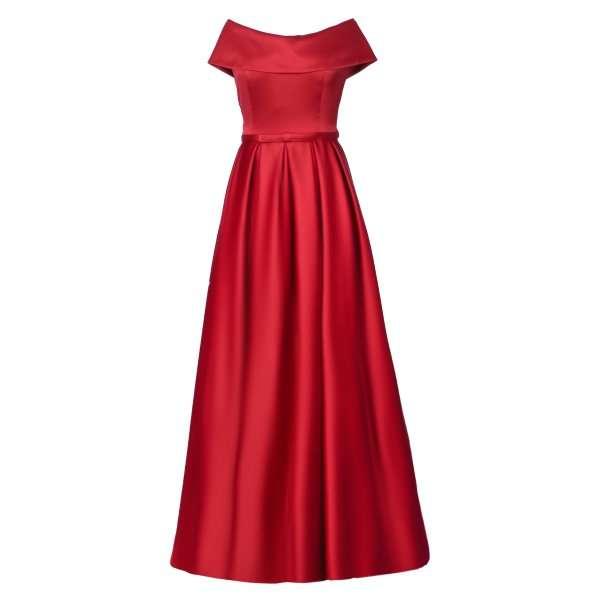 کدام کفش برای لباس قرمز مناسب است؟