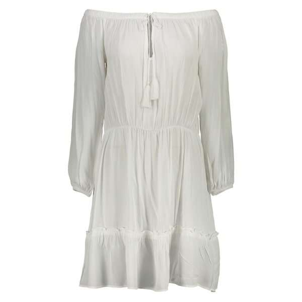 نکاتی برای پوشیدن لباس سفید در تابستان